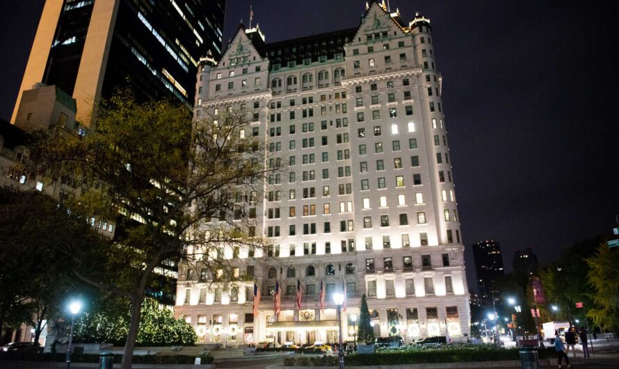 Buy This Iconic New York City Hotel for Only $560 Million