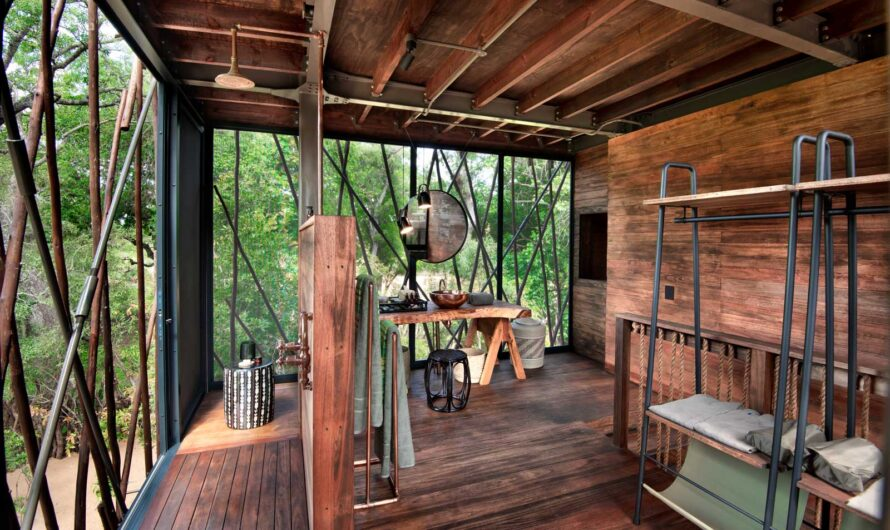 This Luxury Tree House in the African Bush Will Get You Closer to Nature Than Ever Before